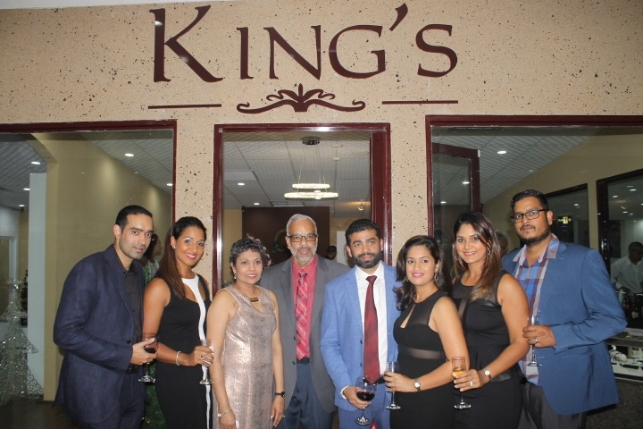 King S Jewellery World Expands