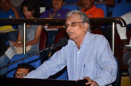 Minister of Education, Dr. Rupert Roopnaraine engages toshaos on Day Three of the National Toshaos Council Conference