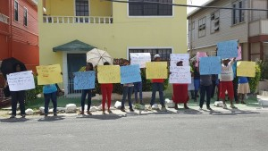 A group of vendors picketed outside Minister responsible for Local Government, Ronald Bulkan's office on Fort Street, Kingston, Georgetown.